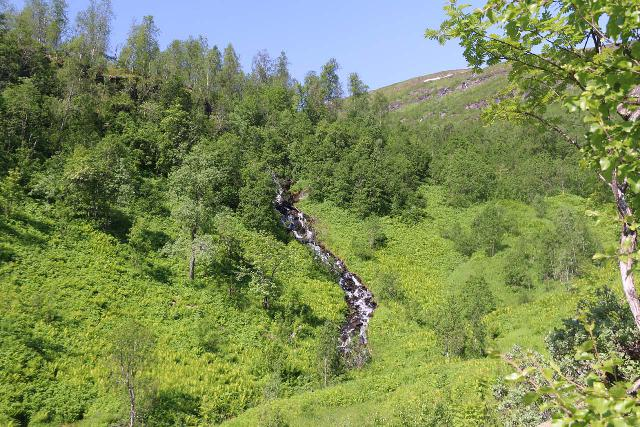 Bredekfossen_206_07092019 - A small cascade that I noticed while scrambling towards the bottom of Bredekfossen from beneath the Bredek Farm