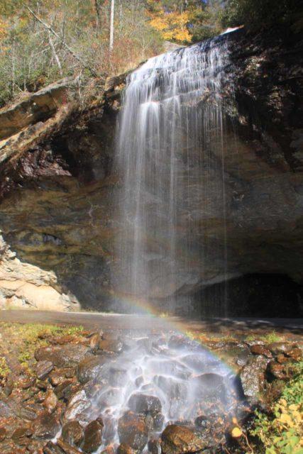 Bridal_Veil_Falls_014_20121016 - A rainbow at Bridal Veil Falls