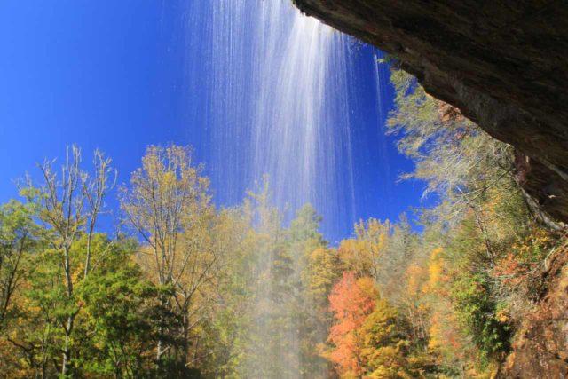 Bridal_Veil_Falls_036_20121016 - A colorful look from behind Bridal Veil Falls
