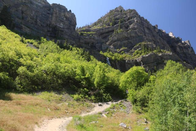 Bridal_Veil_Falls_Provo_027_05282017 - Looking up at one of the scrambling paths leading higher up the Bridal Veil Falls towards the bottom of the lower main drop (above the cascades) and possibly even higher to the base of the upper drop