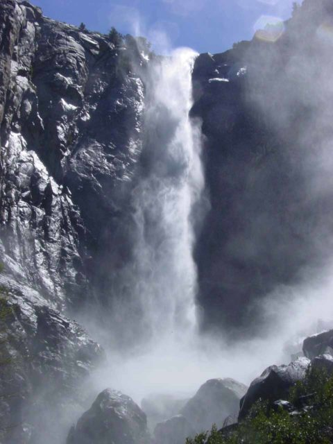Bridalveil_Fall_002_05302002