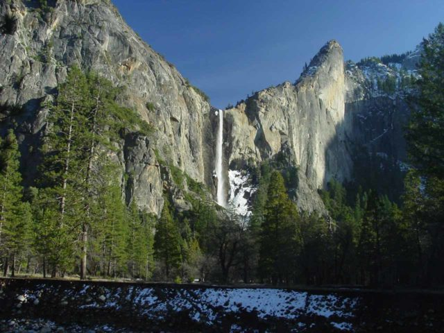 Bridalveil_Fall_006_02252006