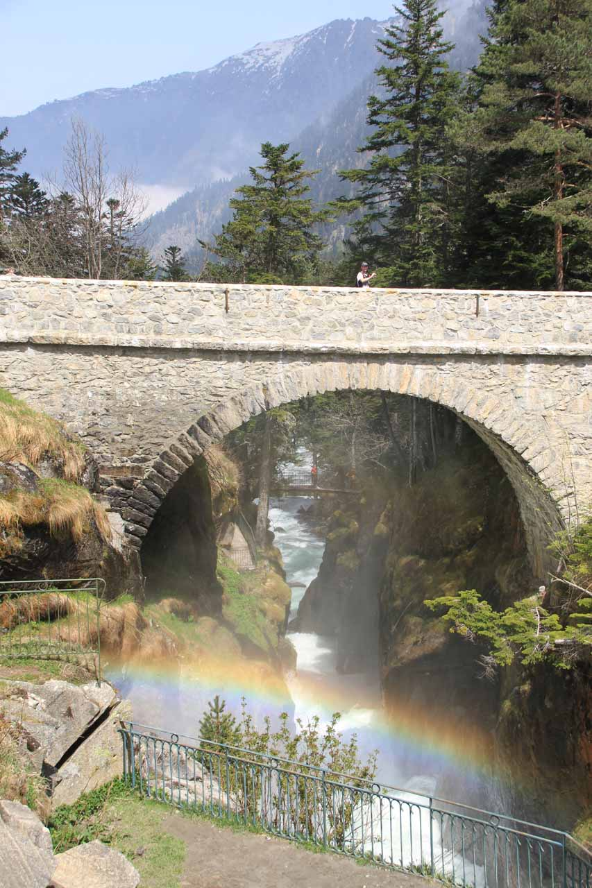 Our timing seemed to have worked out quite well for us as we spotted this rainbow fronting the arched bridge at the Bridge of Spain