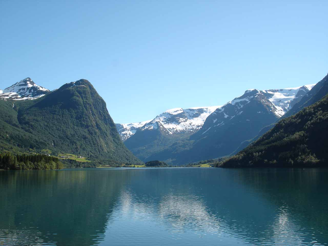 In addition to Briksdalsbreen, the drive through Oldedalen was also very scenic and memorable