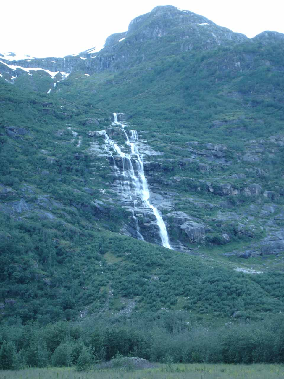 As we were heading back out of Oldedalen Valley, we started paying more attention to the waterfalls around us.  This one was either Melkevollfossen or the one before it just after Volefossen on the east-facing wall