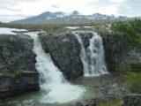 Bruresloret_021_07012005 - Storulfossen backed by some scenic mountains