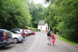 Burg_Eltz_002_06172018 - Julie and Tahia walking the road leading to Burg Eltz
