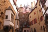 Burg_Eltz_076_06172018 - Broad view of the handsome yet medieval architecture of Burg Eltz as we were killing time waiting for the English tour