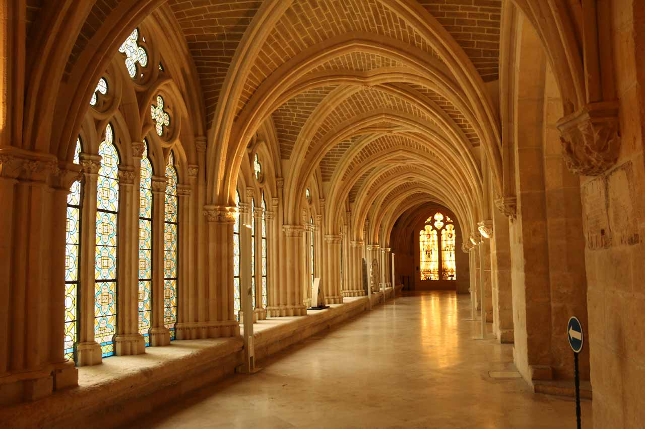 Looking at some other quiet corridor beneath the Burgos Cathedral
