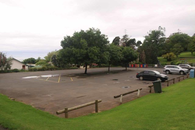 Burnie_Park_17_125_12012017 - The main car park for the Burnie Park