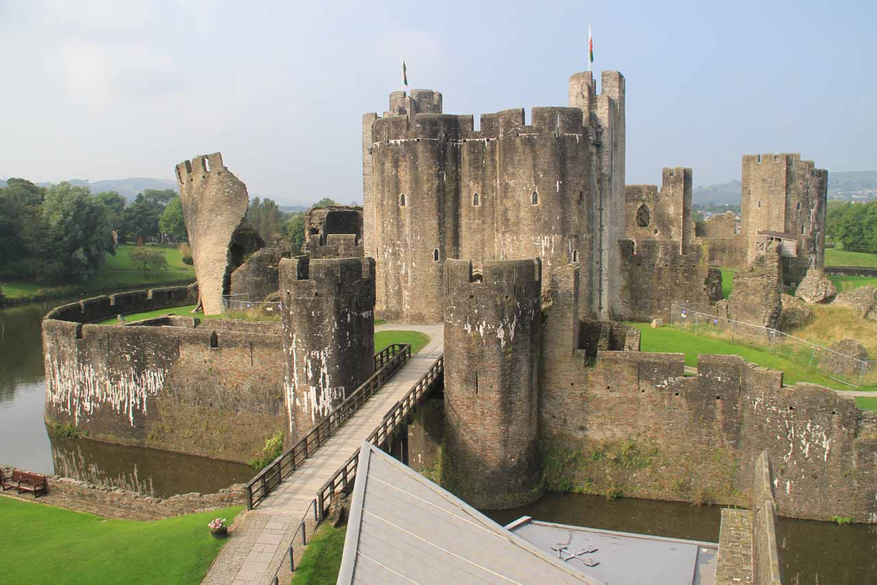 Just north of Cardiff was the attractive Caerphilly Castle with its calm moat and its leaning tower as well as the well-preserved castle itself