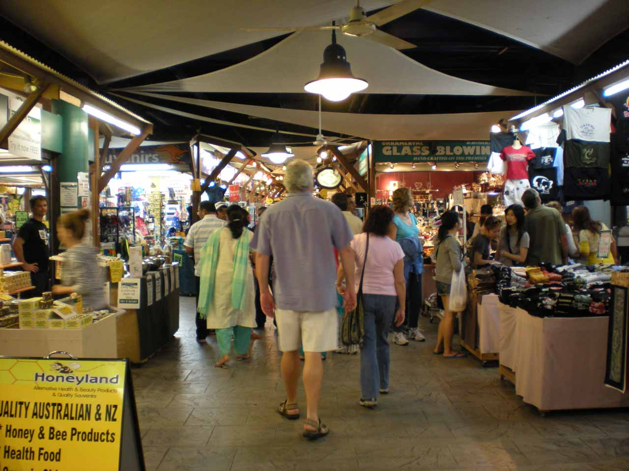 The Cairns night market