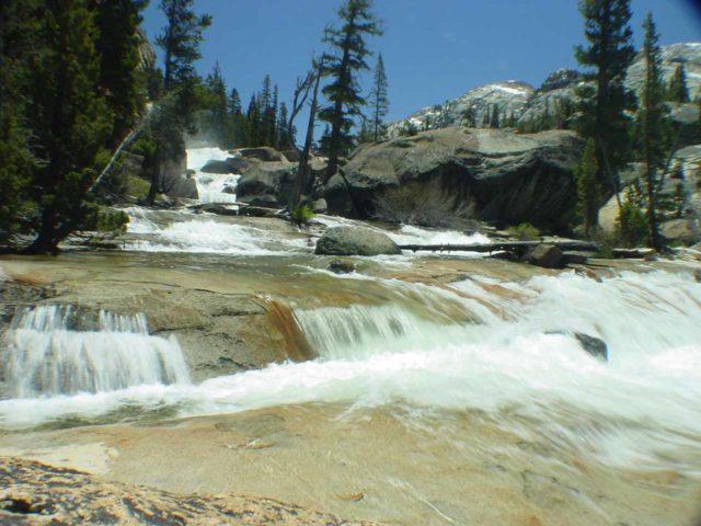 California_Falls_019_05302004