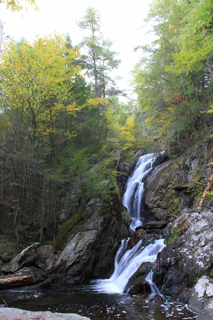 A closer look at Campbell Falls with a hint of Autumn colors in the foliage