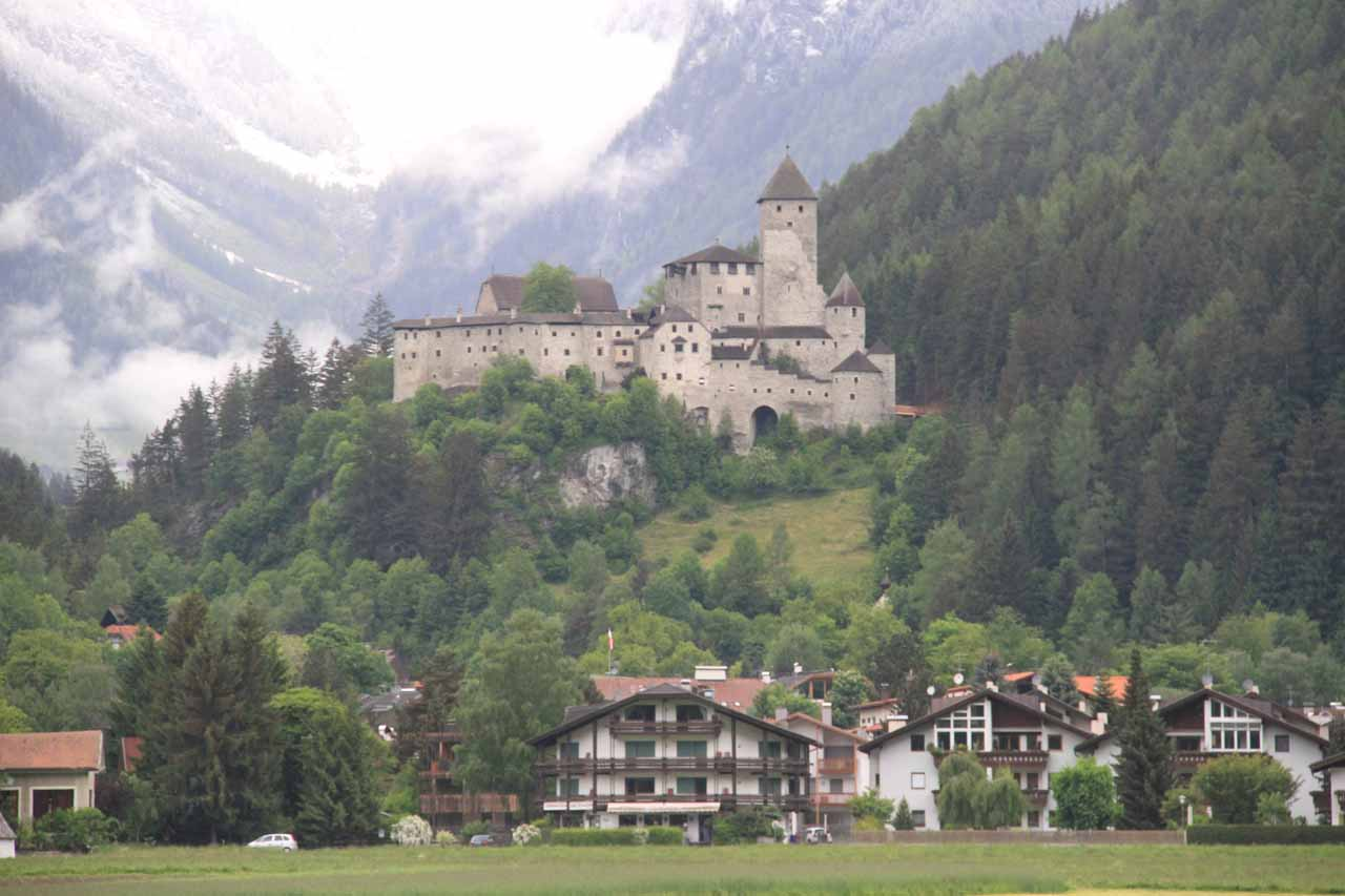 A closer look at the castle of Campo Tures (Sand in Taufers), which I believe is called Castel di Tures or Borg Taufers