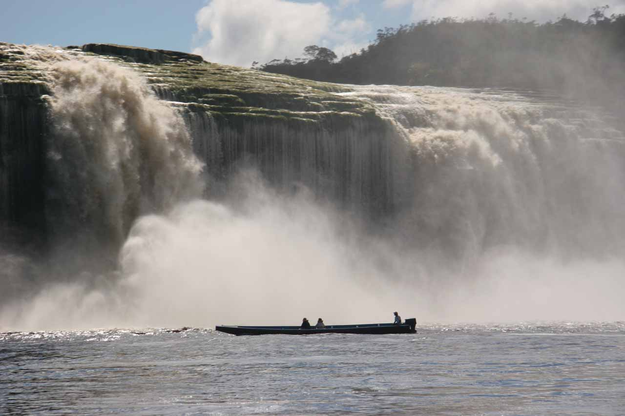 Salto Hacha or Hacha Falls