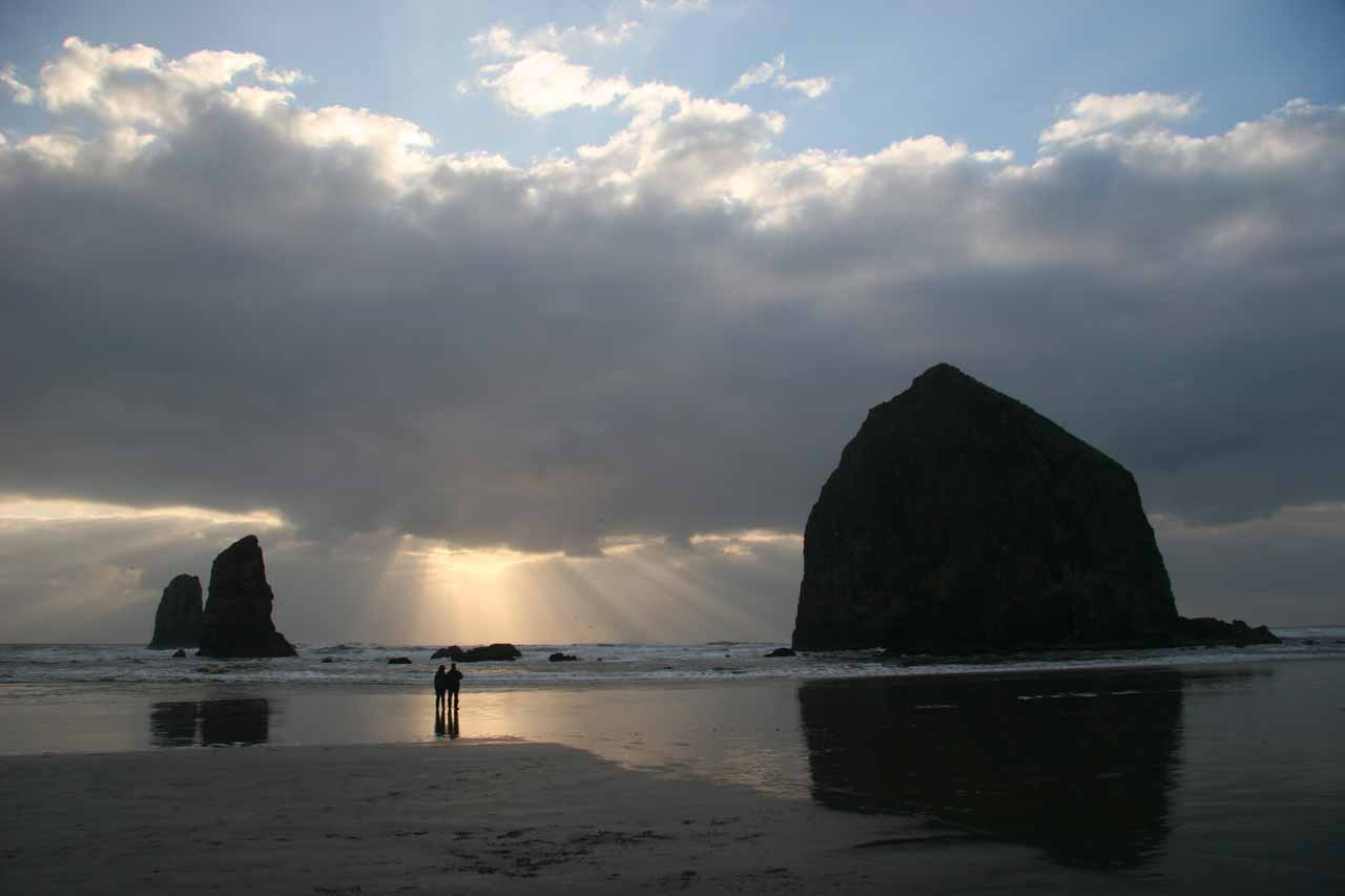 Continuing further north up the Oregon Coast was Cannon Beach, which also featured impressive sea stacks, and we just so happened to catch a dramatic sunset during our visit as well