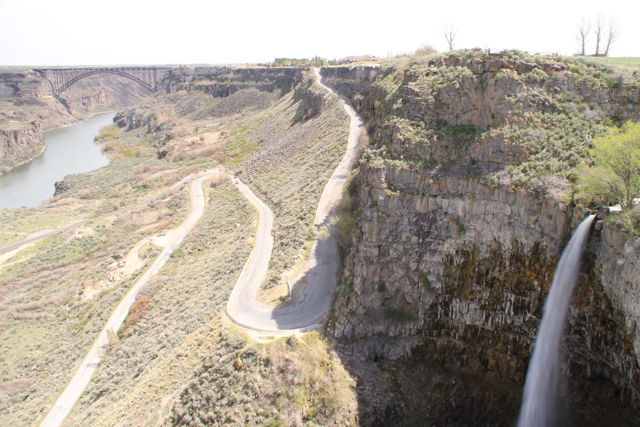 Regal view of Perrine Coulee Falls with Perrine Bridge and the Canyon Springs Road in between