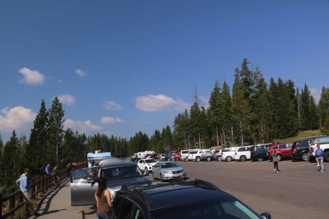 Canyon_North_Rim_051_08102017 - The very busy parking area near the Brink of the Lower Falls trailhead