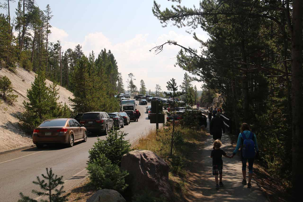 Approaching the Lookout Point parking area
