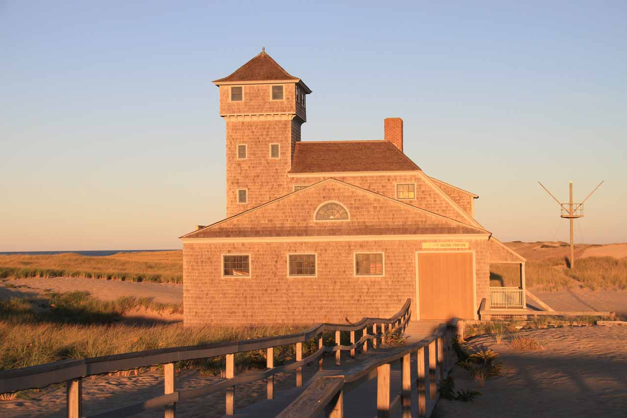 Old Heritage Museum and Life Saver Building in late afternoon light