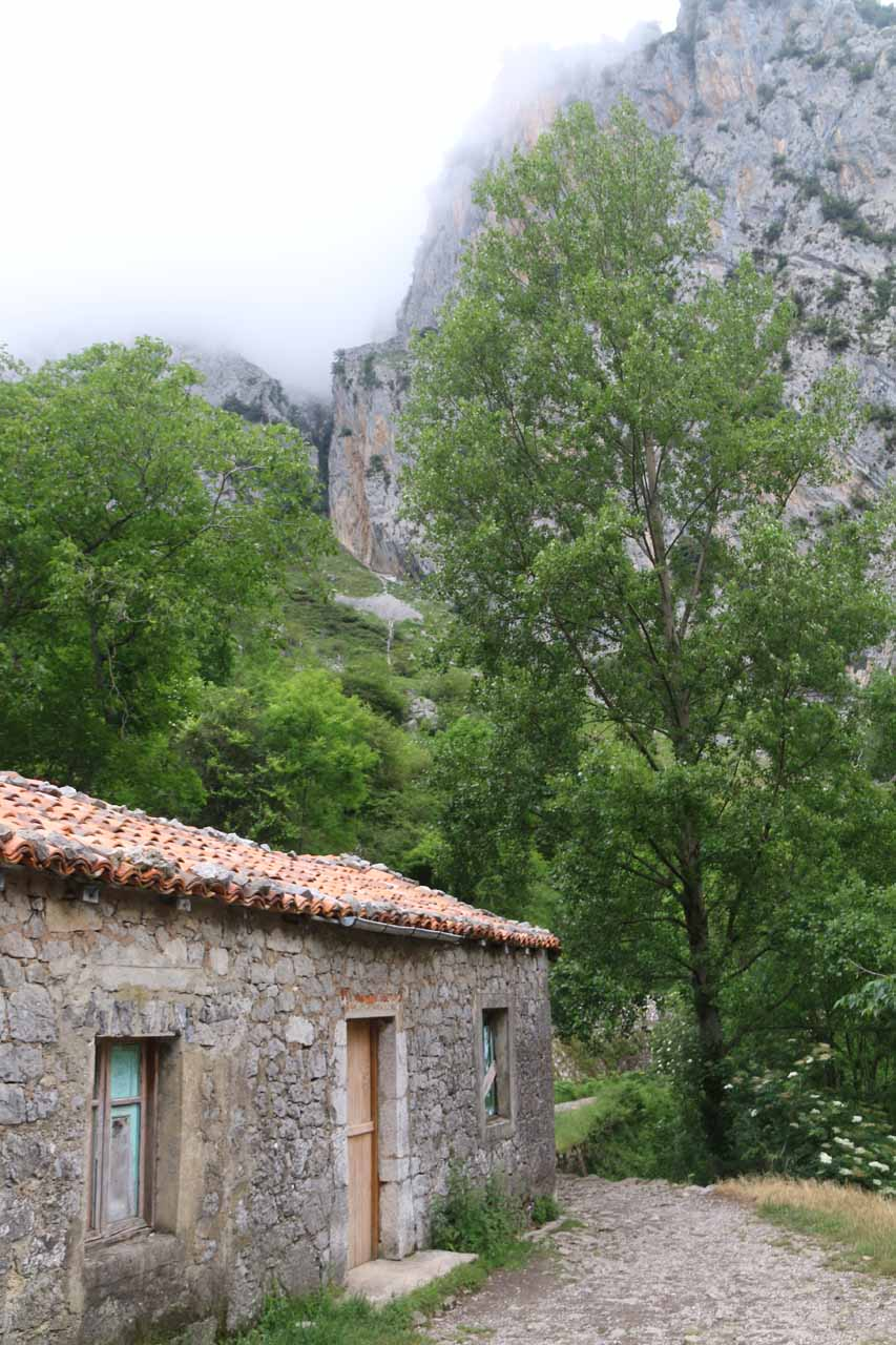 One of the houses seen within the Cares Gorge