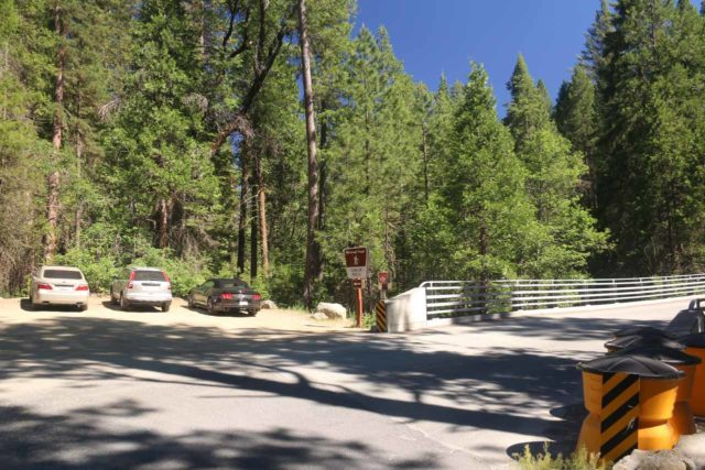 Carlon_Falls_17_002_06172017 - The trailhead for Carlon Falls on the north side of the bridge over the South Fork Tuolumne River along Evergreen Road