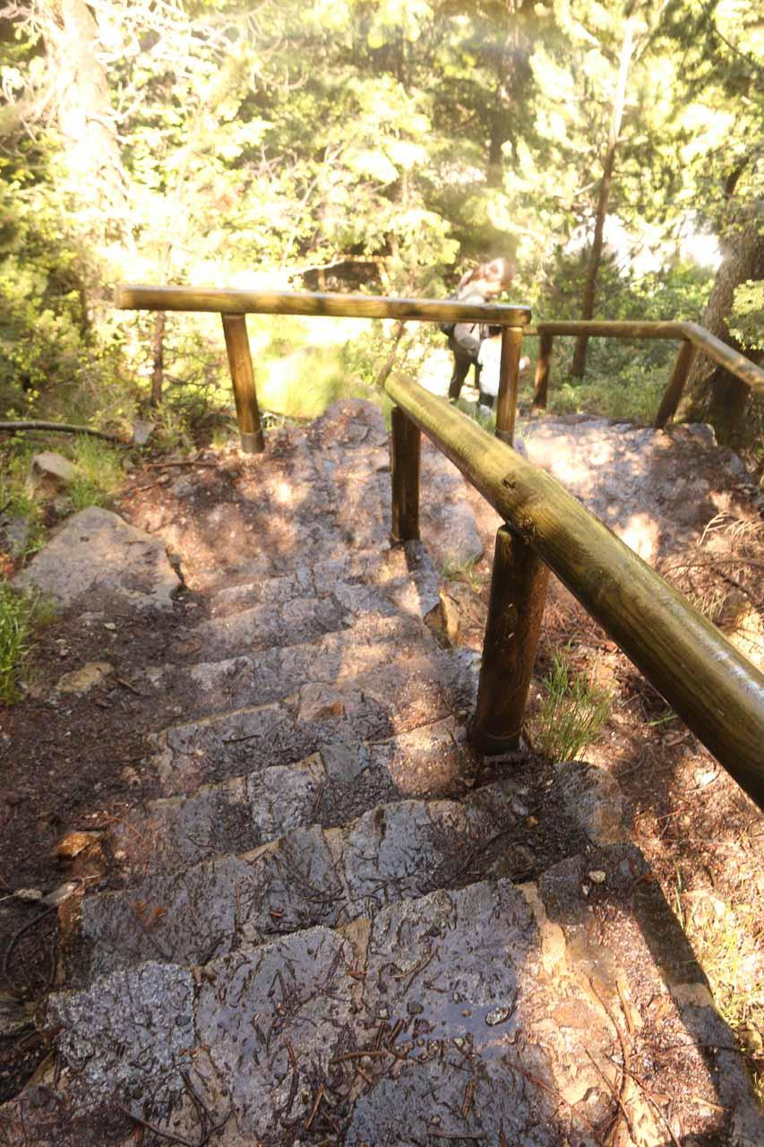 Carefully going down the wet steps beneath the mirador Cascada de Gerber
