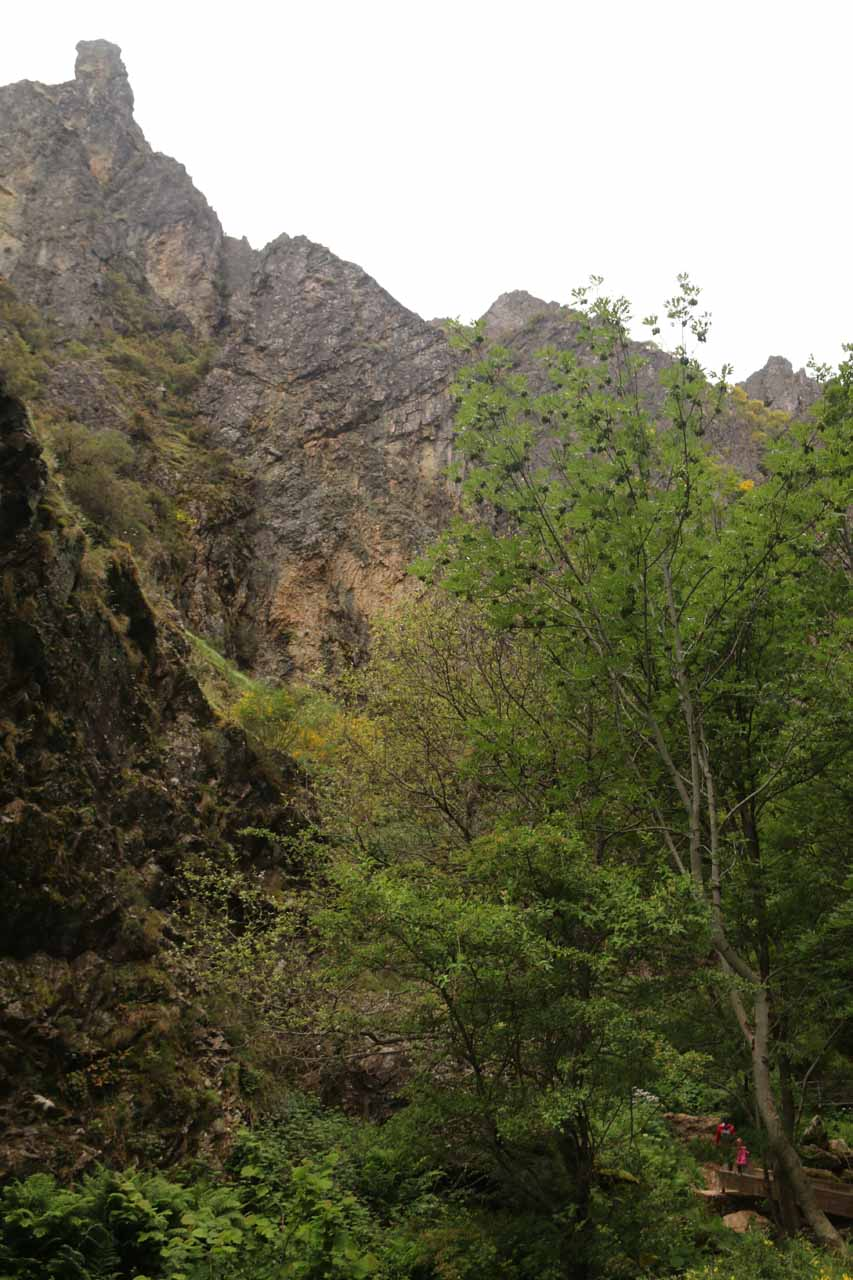 As we did the short walk to Cascada de Nocedo, we suddenly realized that the cliffs and the rocks perched above them were really impressive