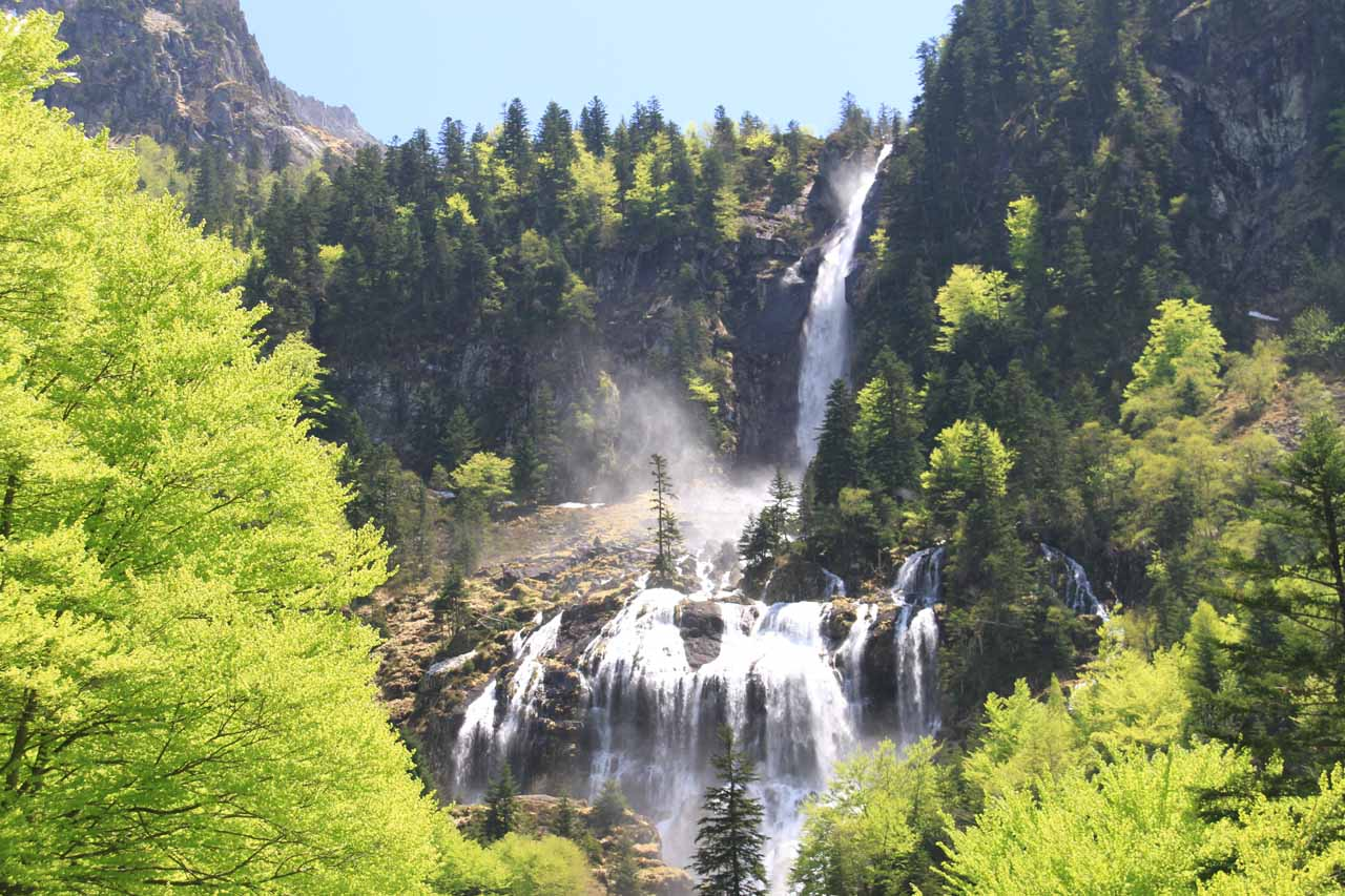 Closer look at Cascade d'Ars