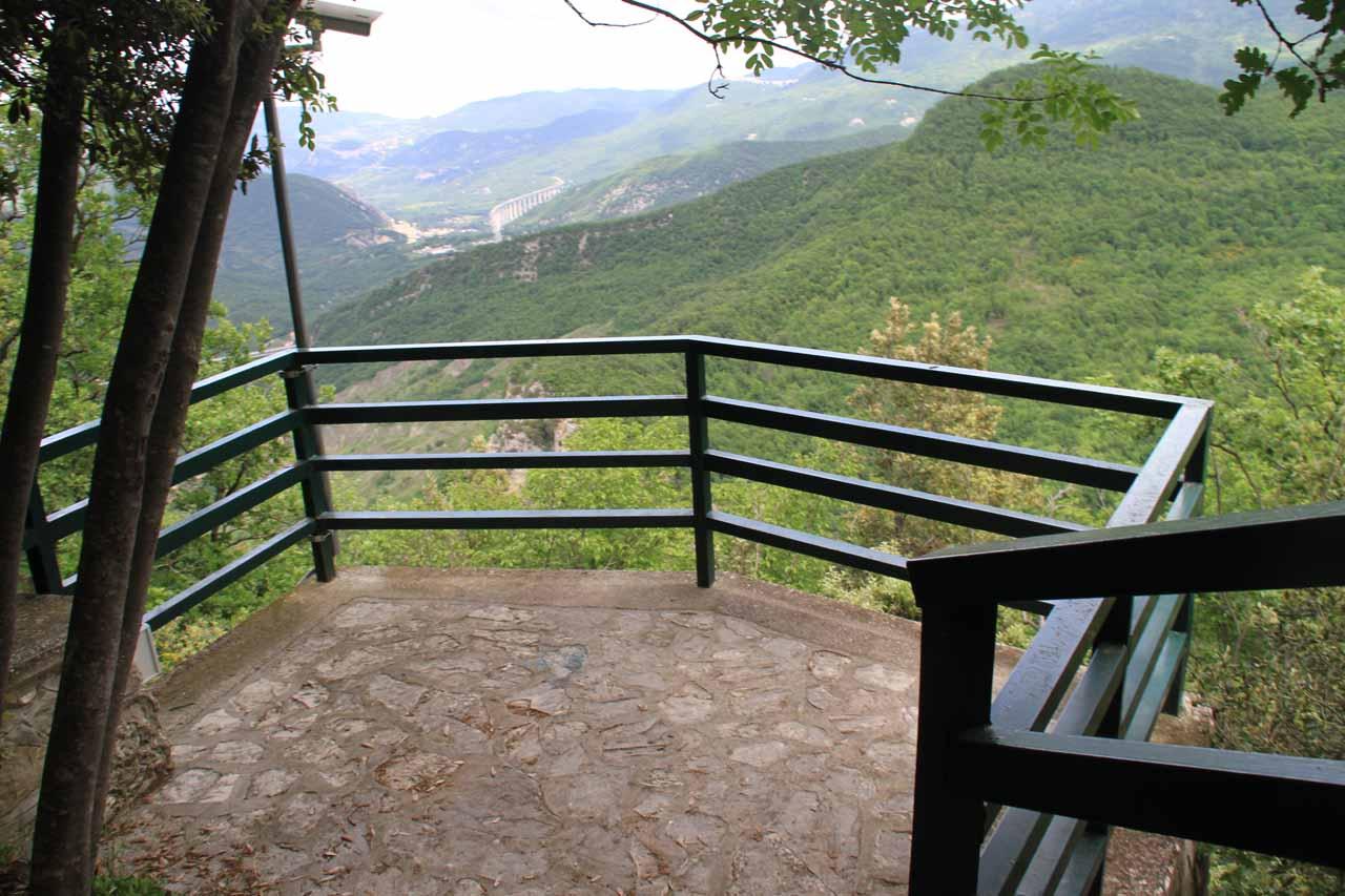 The upper overlook for Cascata del Rio Verde