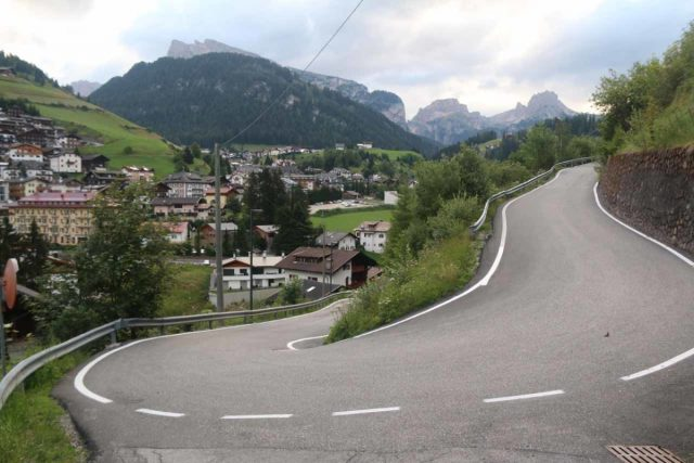 Cascata_di_Tervela_013_07162018 - Looking back at the switchback or hairpin turn on the narrow road where I deviated onto a driveway or trail leading me closer to the Cascata Tervela