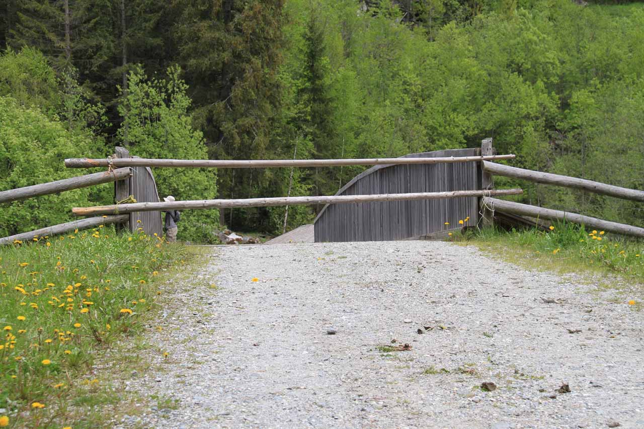 The closed gate (to keep the cows in) that we had to get across before returning to the car