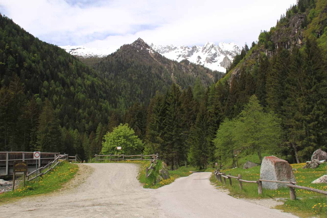 Approaching the red bridge which was on the left.  The road on the right would eventually lead to Malga Bedole
