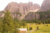 Cascate_di_Pisciadu_004_07162018 - Looking towards the Dolomites from a pullout near the big Colfosco sign