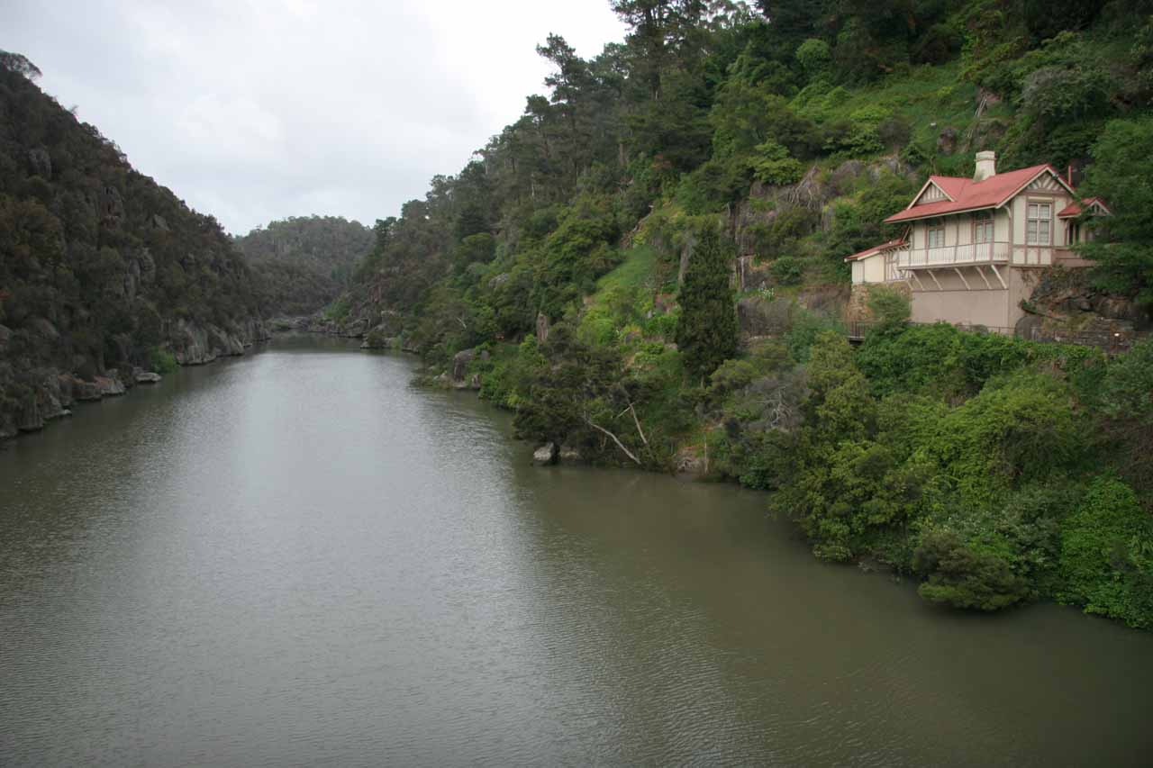 Looking into Cataract Gorge during the day time