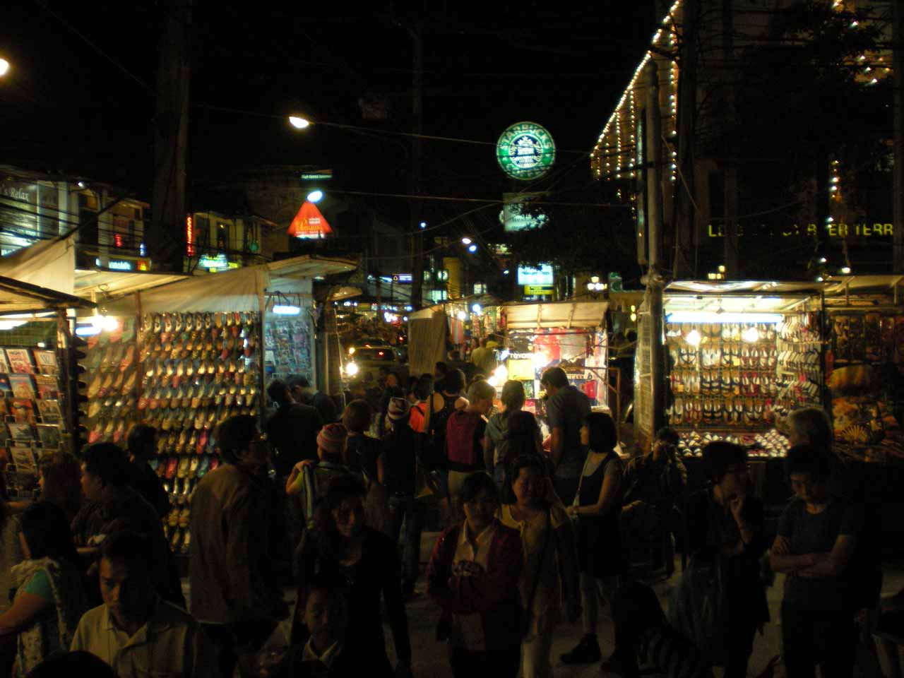 Buzzing at the Chiang Mai Night Bazaar