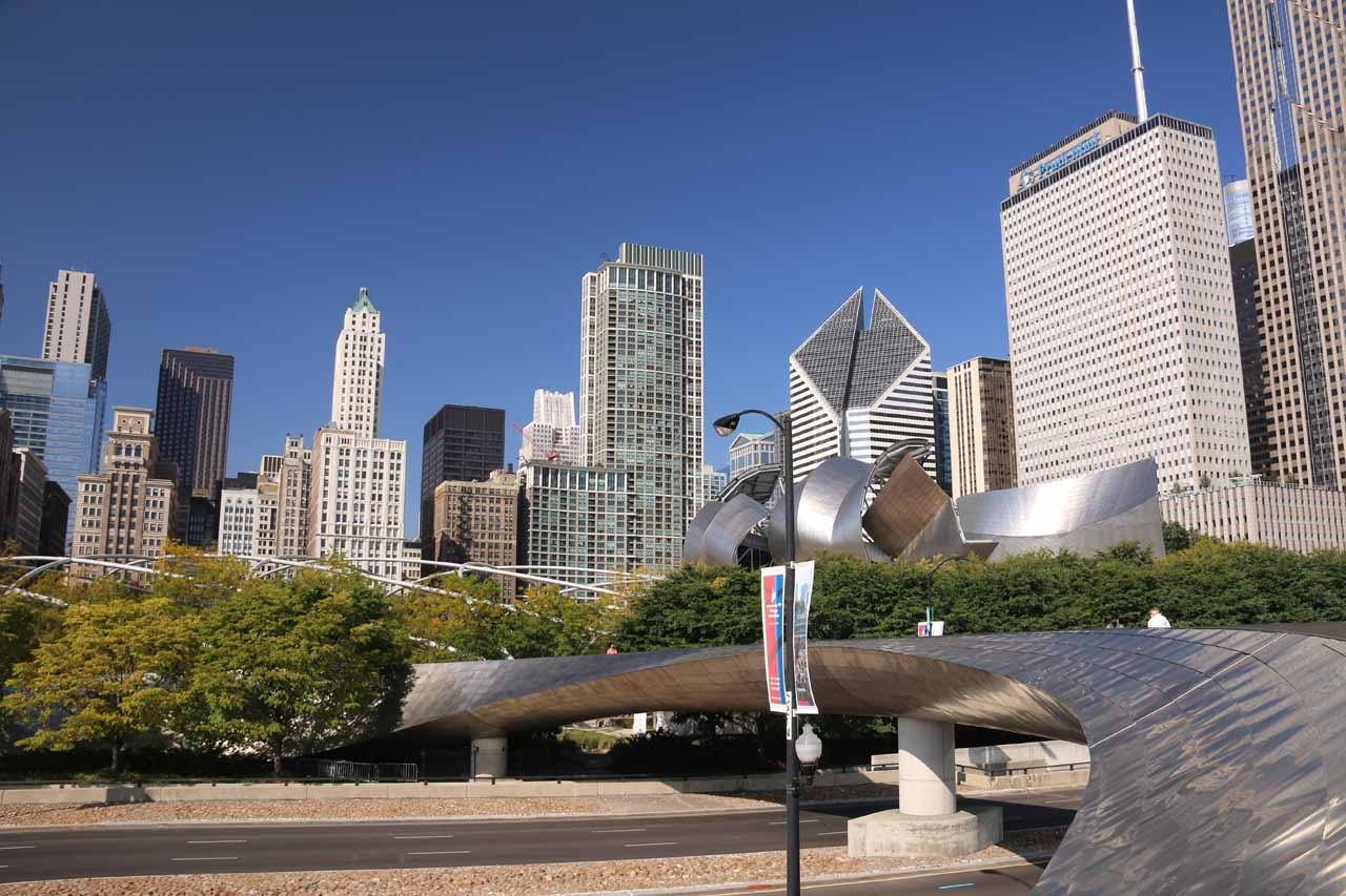 Contextual view of the Guggenheim-Bilbao-like bridge fronting the Chicago skyline