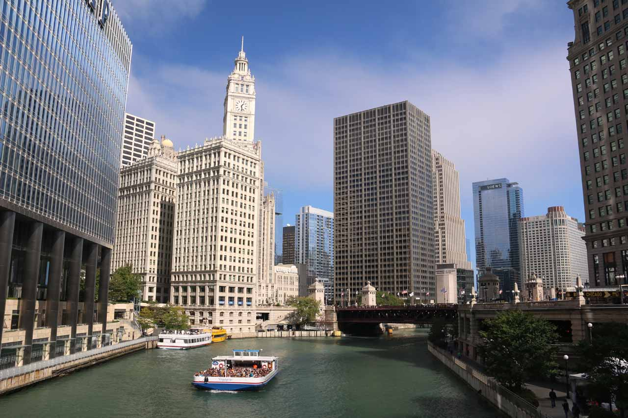 The Chicago River and the Chicago Tribune building