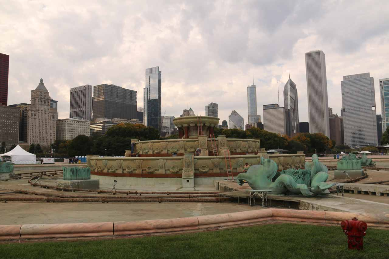 The non-operational Buckingham Fountain