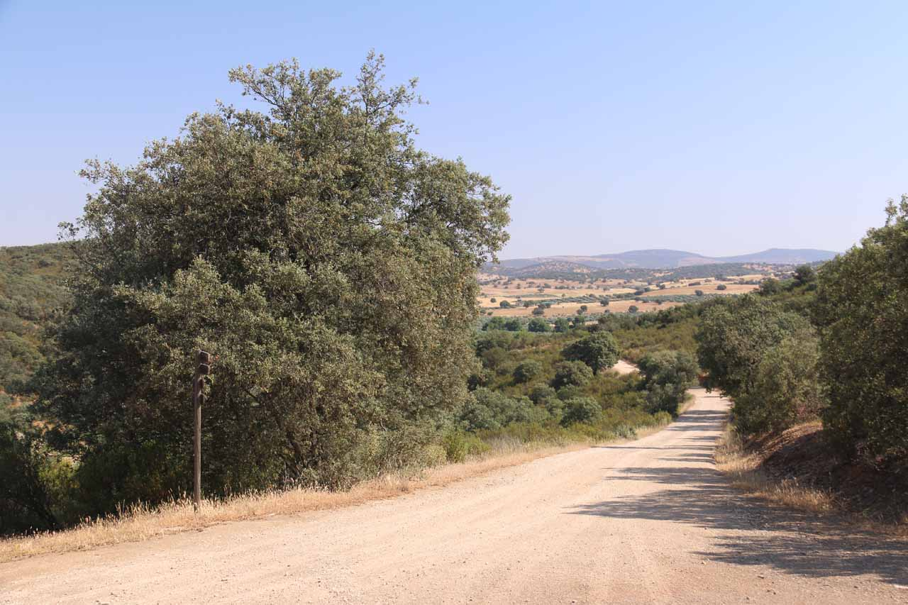 Looking back on the unpaved road we took to get from Aldeaquemada to the trailhead for Cascada de la Cimbarra