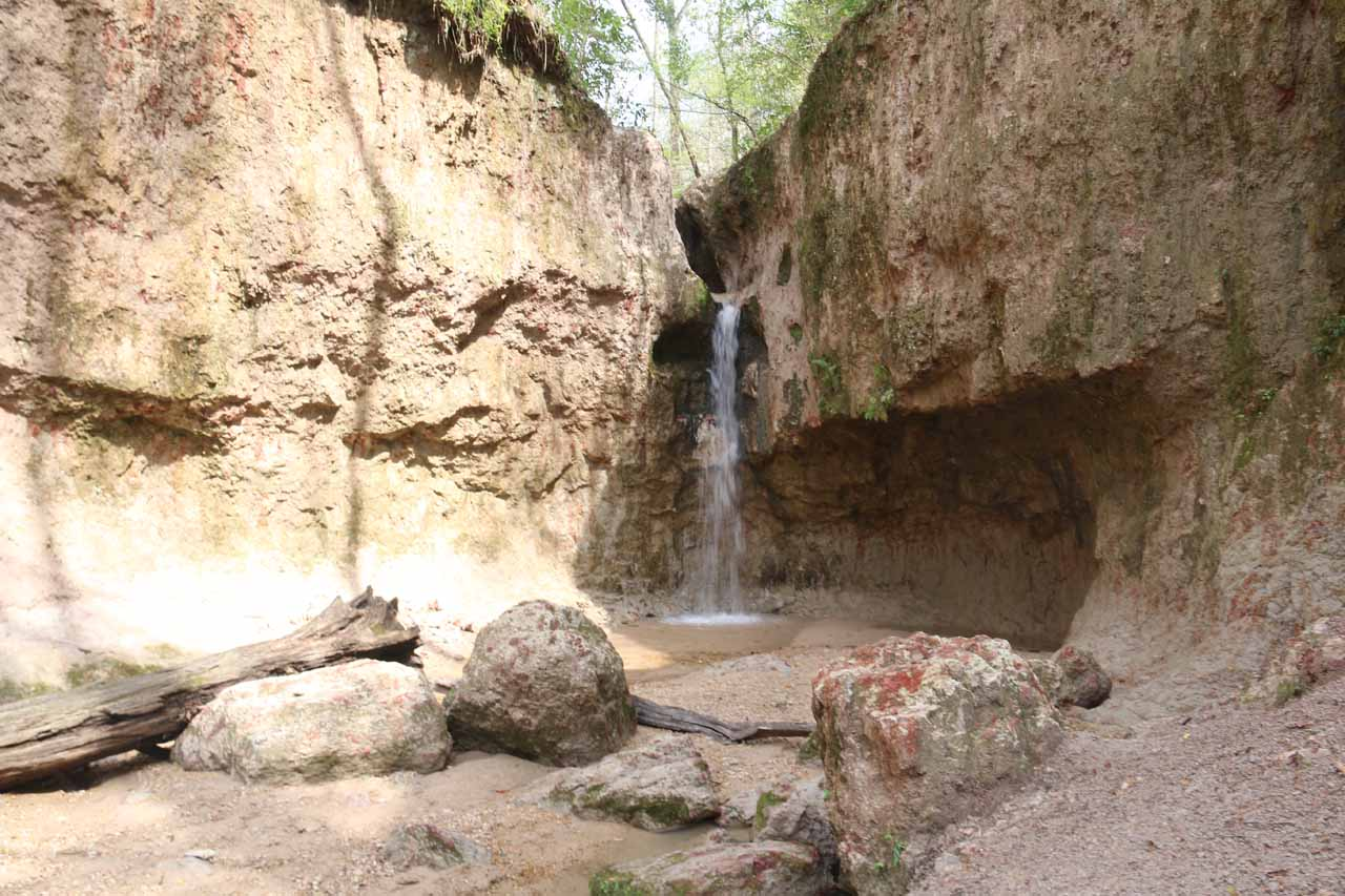 Here's a closer look at that third Clark Creek Waterfall, which was flanked by attractive cliffs with overhangs as well as some color in the rocks