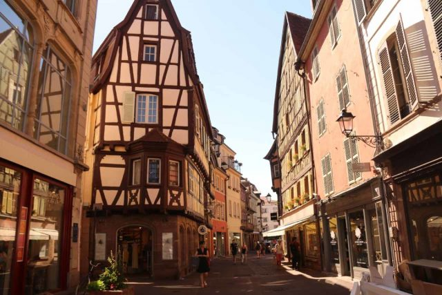 Colmar_286_06202018 - In addition to cute canals, it seemed like Colmar featured cute historical alleyways almost every corner we turned, and it really made us want to come back here to spend a day or two if we come back