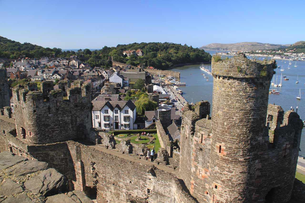 We began our long drive to Devil's Bridge from Conwy, which was where we based ourselves for our time spent in North Wales. Conwy Castle (shown here) was the town's most prominent feature