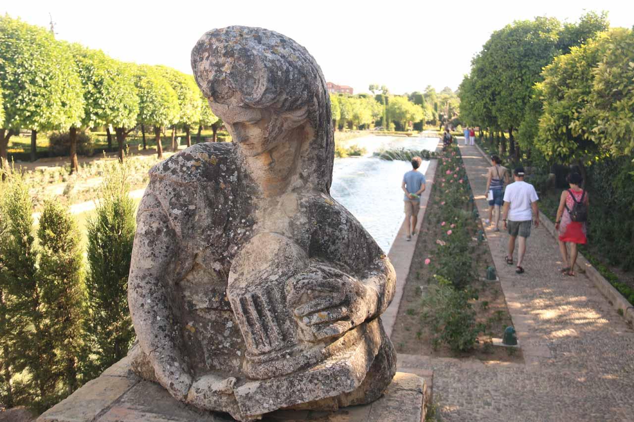 Strolling amongst the extensive gardens of the Alcazar de los Reyes Cristianos