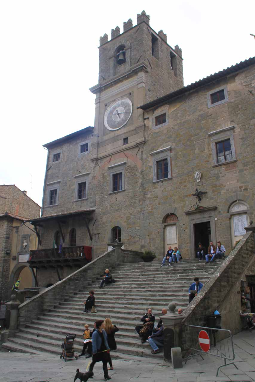The clock tower at the piazza in the center of Cortona