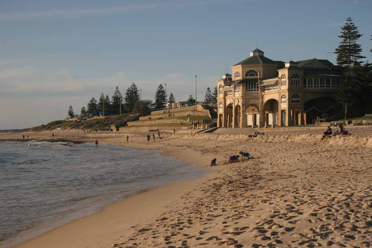Looking back at the Indian Tea House at Cottesloe Beach