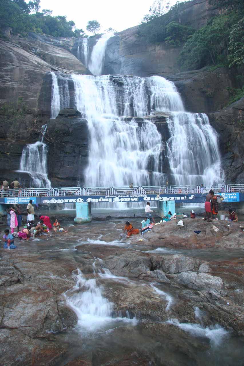 Direct view of the impressive Courtallam Main Falls