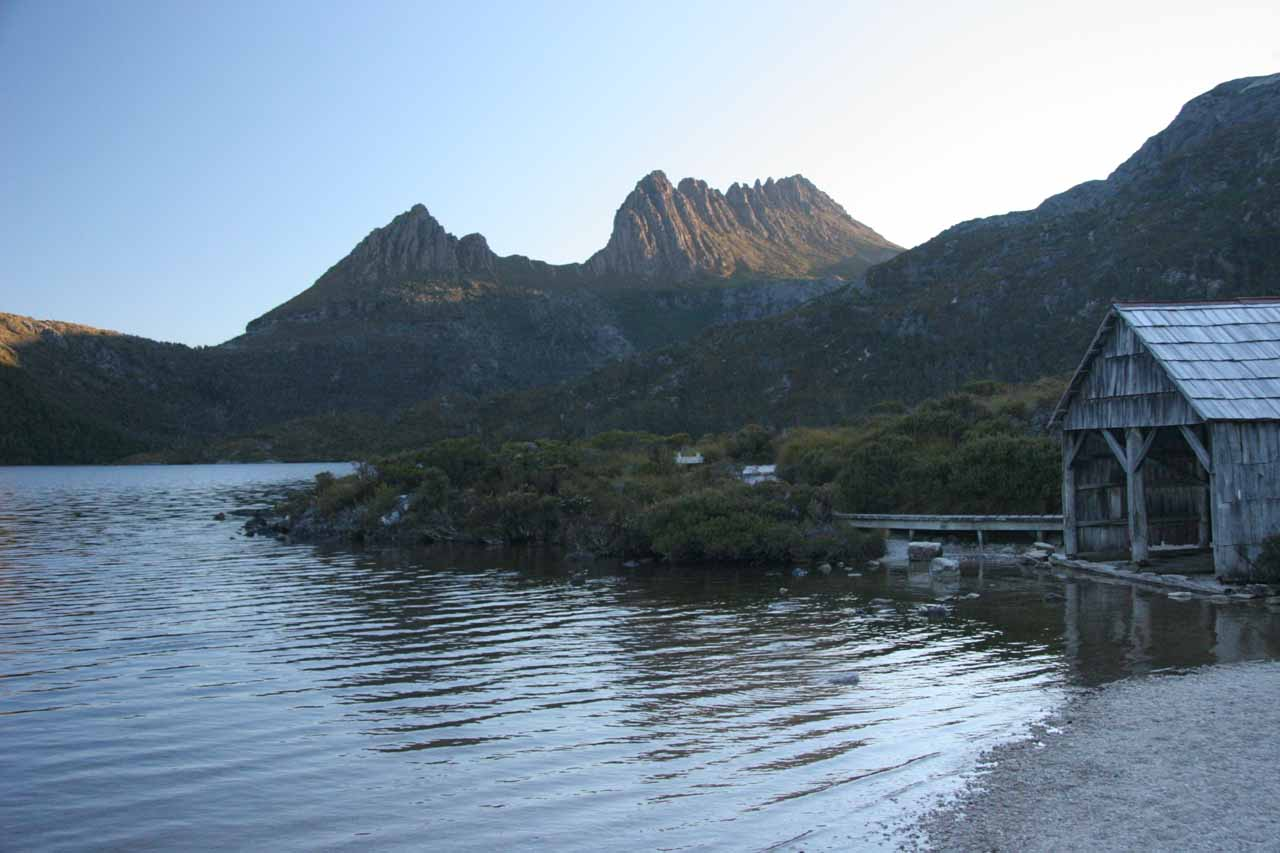 Less than an hour's drive from Waratah was the Cradle Valley section of Cradle Mountain National Park, where we managed to view the namesake mountain from across Dove Lake