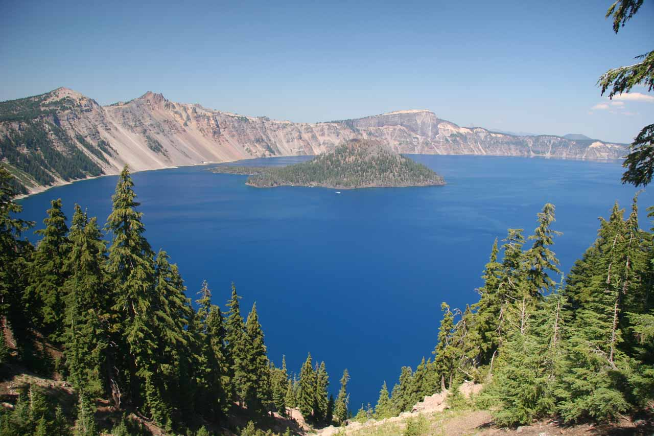 On the way to Vidae Falls, we were treated to plenty of gorgeous panoramas of Crater Lake and Wizard Island